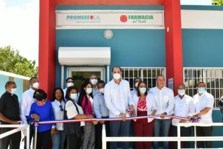 Promesecal inaugura siete farmacias del pueblo en la provincia San Juan